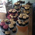 Cupcakes - very pretty, taste only average