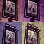 Stotfold Pub crest