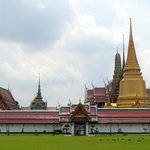 The golden chedi at the Grand Palace