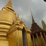 Golden Stupa - Phra Siratana Chedi