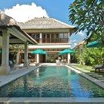 Villa Intan - 4 Bedroom Seminyak Villa
