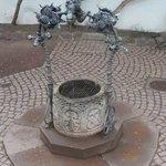 Drachenbrunnen 2