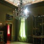 beautiful perfumed green room