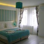 Chambre claire et spacieuse