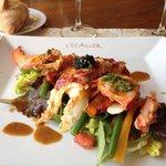 Salade tiède homard bleu