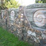 NZアートの塀