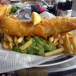 Fish,chips and mushy peas