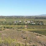 Espectaculares vistas de la granja desde Babylonstoren, la montaña que dá nombre a la finca