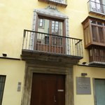 The door to the apartments of Calle Elvira