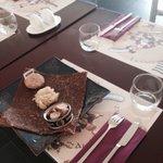 La Pouldreuzic Chez maxime à base de Henaff et servi avec un bolée de cidre ou un verre de jus d
