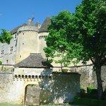Vus du château par un sentier