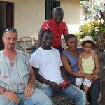 la famille Dupré avec un amie et dada
