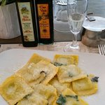 Spinch & ricotta ravioli in a butter & sage sauce.