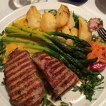 Veal with asparagus and potatoes