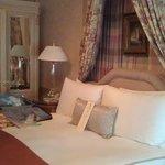 Master Bedroom in V. Horowitz suite