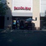 Taco Del Mar Sacramento entrance