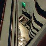 Vista desde el pasillo de acceso a la habitación en el piso 10