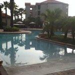 piscina muy buena para ninos y adultos climatizada