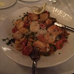 tortellini with shrimp and scallops - enough for 2!