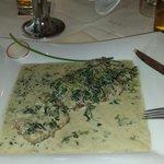 Kalbsschnitzel mit Spinat u Gorgonzola