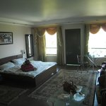 Large executive room with balcony