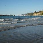 gentle waves..tahunanui