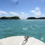 Approaching High Cay. Through the gap is the Atlantic (we're still in the Bahamian Sea).