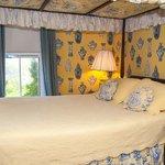 The Romantic Sea Shell Room