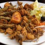 Fritura de pescado sin sabor a pescado... Sabor a harina grita en aceite reusado