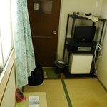 Single room (Japanese style) with TV and fridge