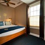 Room 5- Queen bed, A/C, Fireplace, Flatscreen TV, Jacuzzi tub