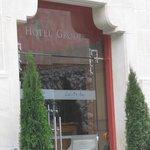 Cracovia, l'ingresso dell'hotel Grodek, quando vi ho soggiornato