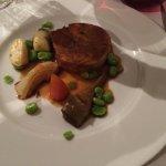 Confit de medaillon d'agneau, gnocchis au basilic et petits legumes