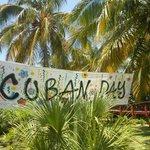 Fiesta temática en el día cubano