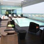 Lounge e piscina
