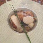 Lotte, court bouillon légumes et coques