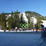 Vista dos arcos olímpicos