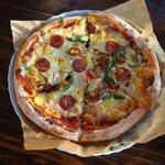 名物のピザ