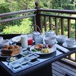 テラスでの朝食
