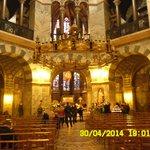 ПАНИКАДИЛО БАРБАРОССЫ.Вклад императора Фридрих Барб и его жены Беатрикс в королевскую капеллу Аа