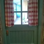 front door.. realy cottage feel!