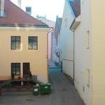 Parking / courtyard