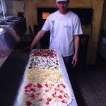 Mitica pizza a tranci di Piero!!! La Rosetta, il Top fra le pizzerie leccesi. Un'ottima certezza