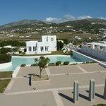 Spacious & modern resort hotel