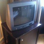 Kleines uraltes TV-Gerät