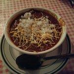 Chili w/ onions & cheese