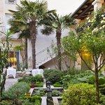 Aromatic Garden Hotel de Toiras