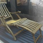 Titanic desk chair