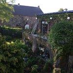 Vue de notre chambre sur le fabuleux jardin, très calme.