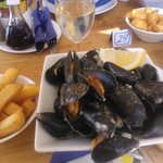 Teignmouth mussels come with home made fat french fries - fantastic